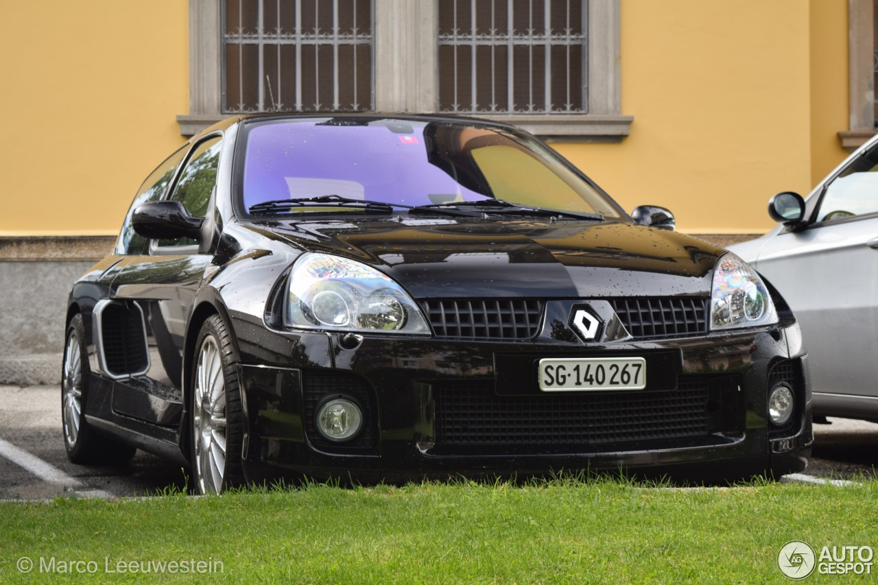 renault clio v6 phase ii 25 ao t 2014 autogespot. Black Bedroom Furniture Sets. Home Design Ideas
