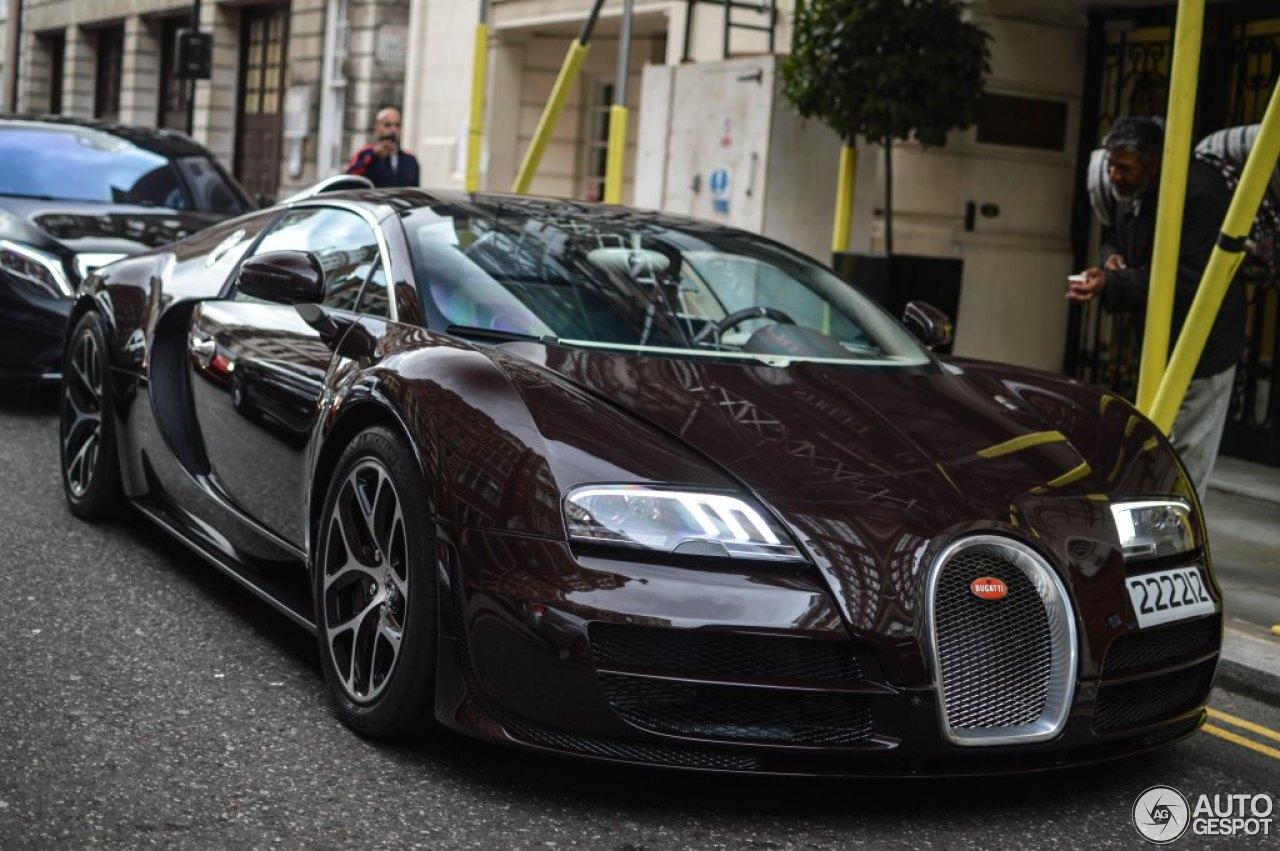 bugatti veyron 16 4 grand sport vitesse 26 august 2014 autogespot. Black Bedroom Furniture Sets. Home Design Ideas