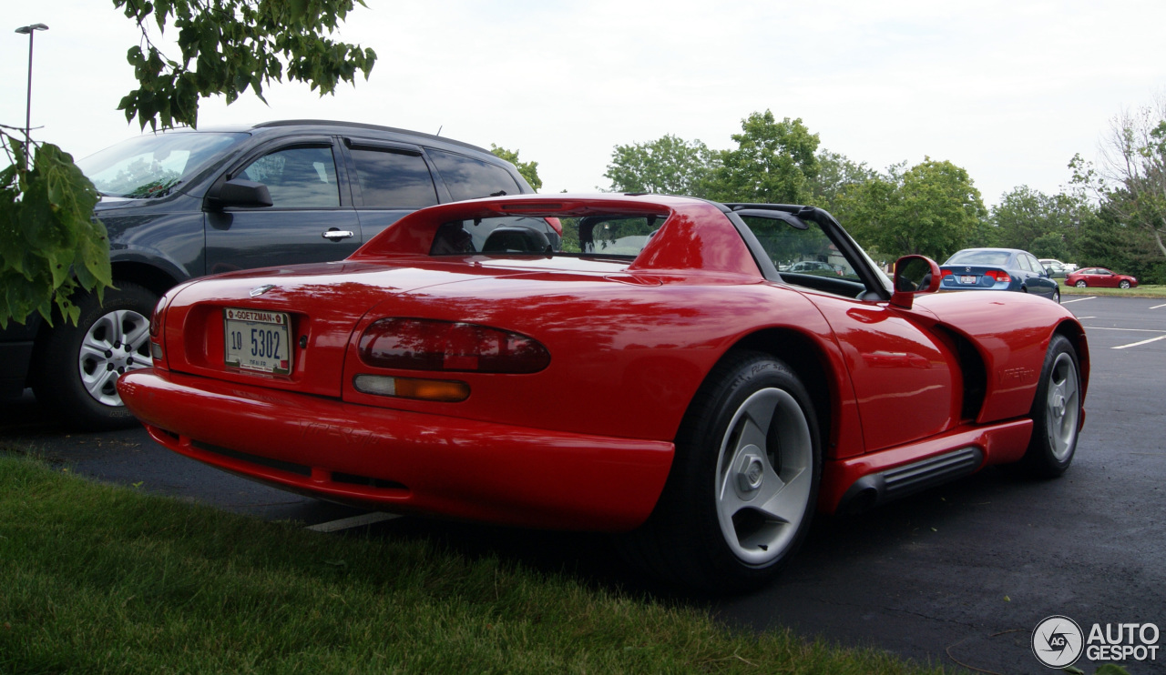 dodge viper rt 10 1992 30 ao t 2014 autogespot. Black Bedroom Furniture Sets. Home Design Ideas