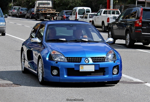 Renault Clio V6 Phase II