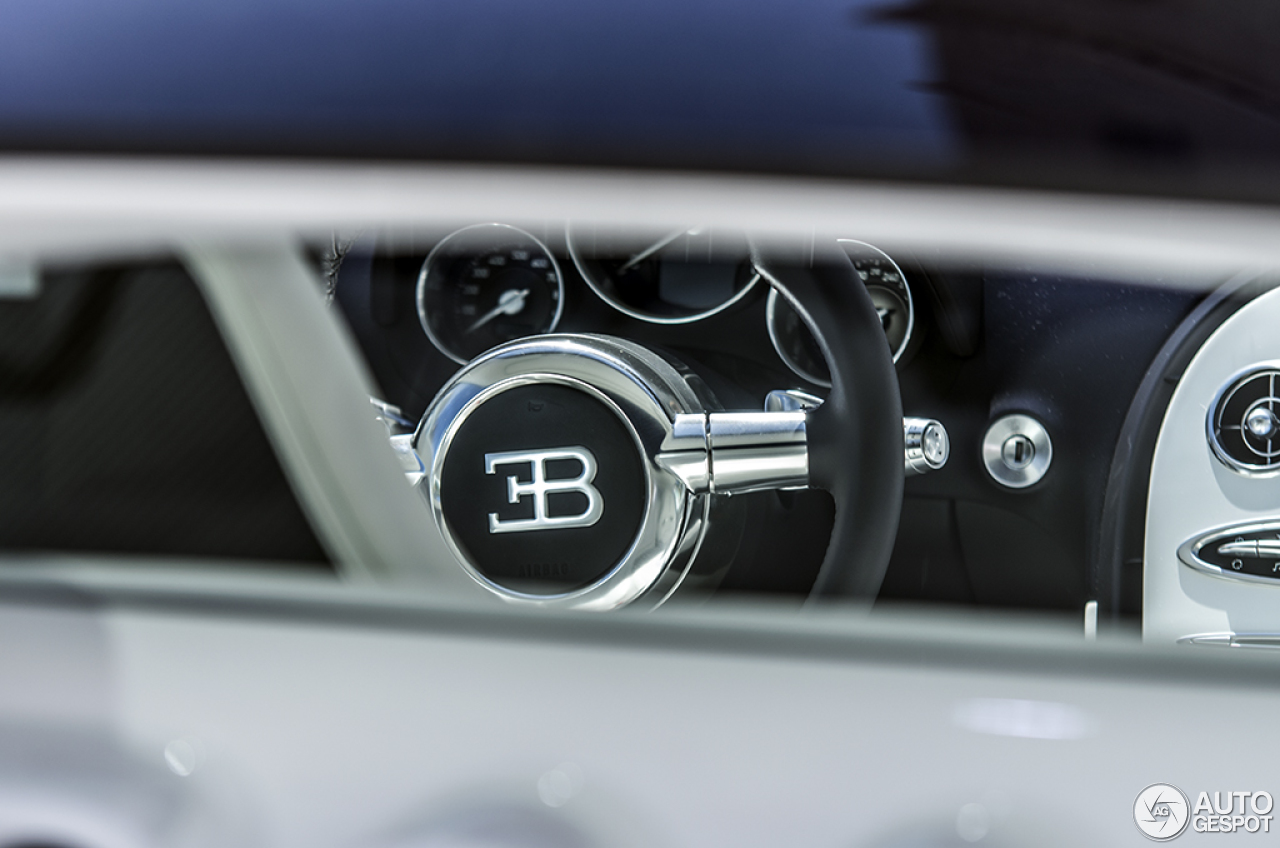 bugatti veyron 16 4 grand sport l 39 or blanc 1 september 2014 autogespot. Black Bedroom Furniture Sets. Home Design Ideas
