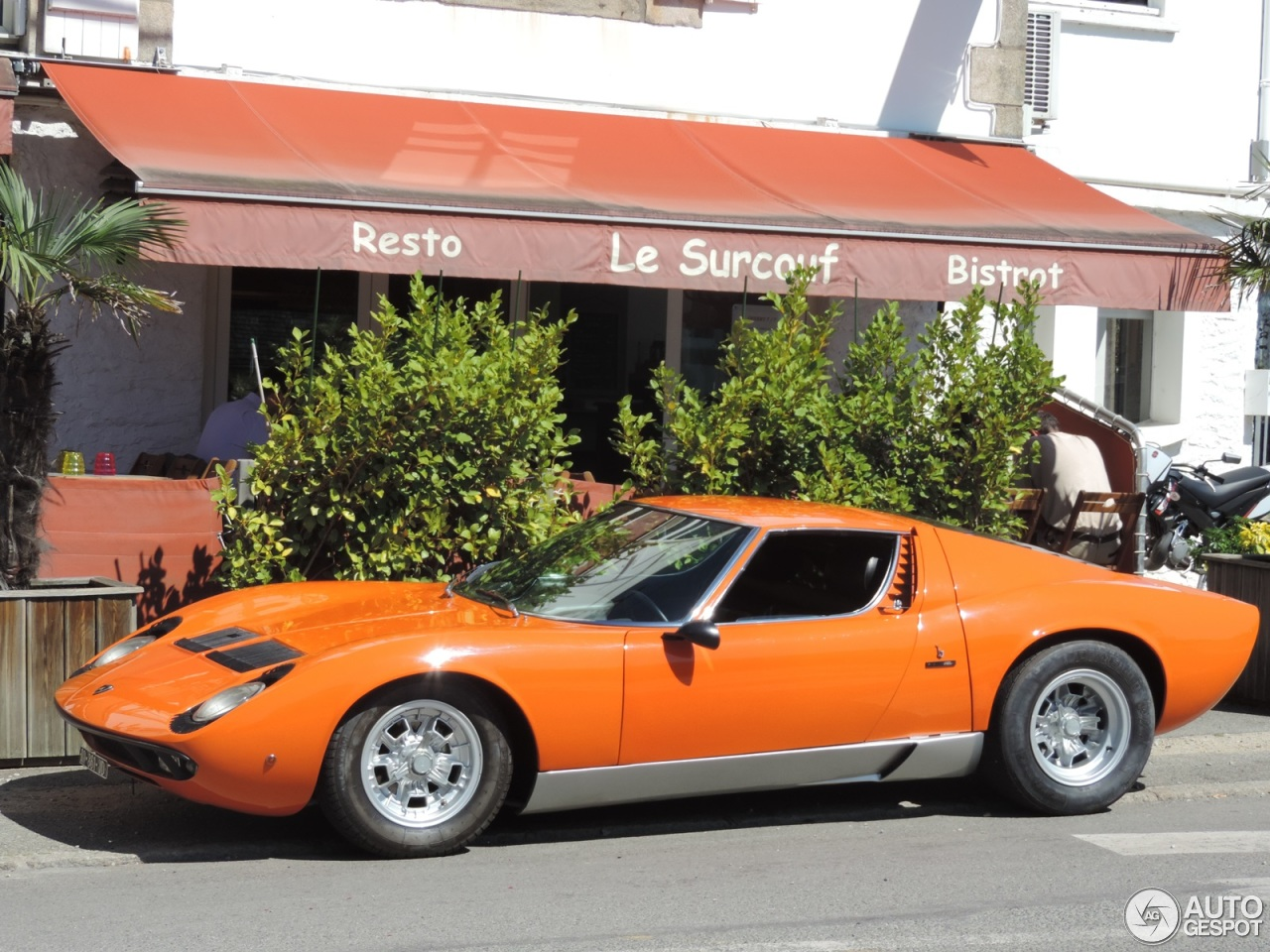 lamborghini miura p400 s 1 septembre 2014 autogespot. Black Bedroom Furniture Sets. Home Design Ideas