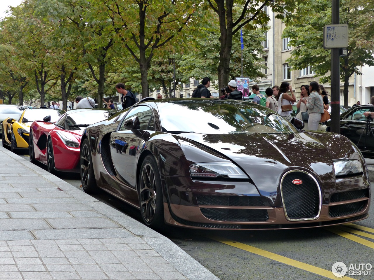 bugatti veyron 16 4 grand sport vitesse rembrandt bugatti 2 septembre 2014 autogespot. Black Bedroom Furniture Sets. Home Design Ideas