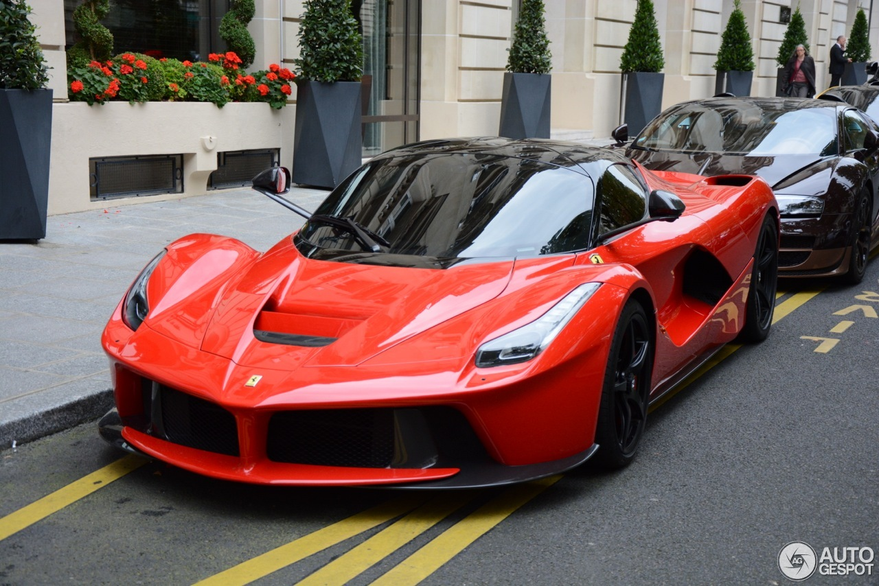 ferrari laferrari 6 septembre 2014 autogespot. Black Bedroom Furniture Sets. Home Design Ideas