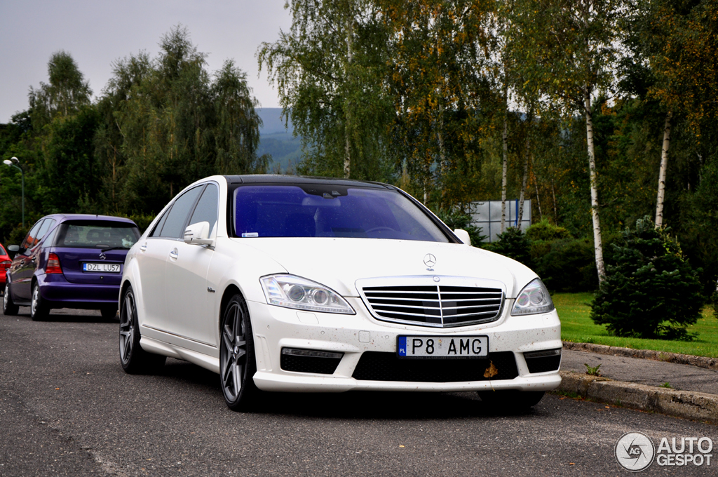 Mercedes benz s 63 amg w221 2010 6 september 2014 for Mercedes benz w221 price