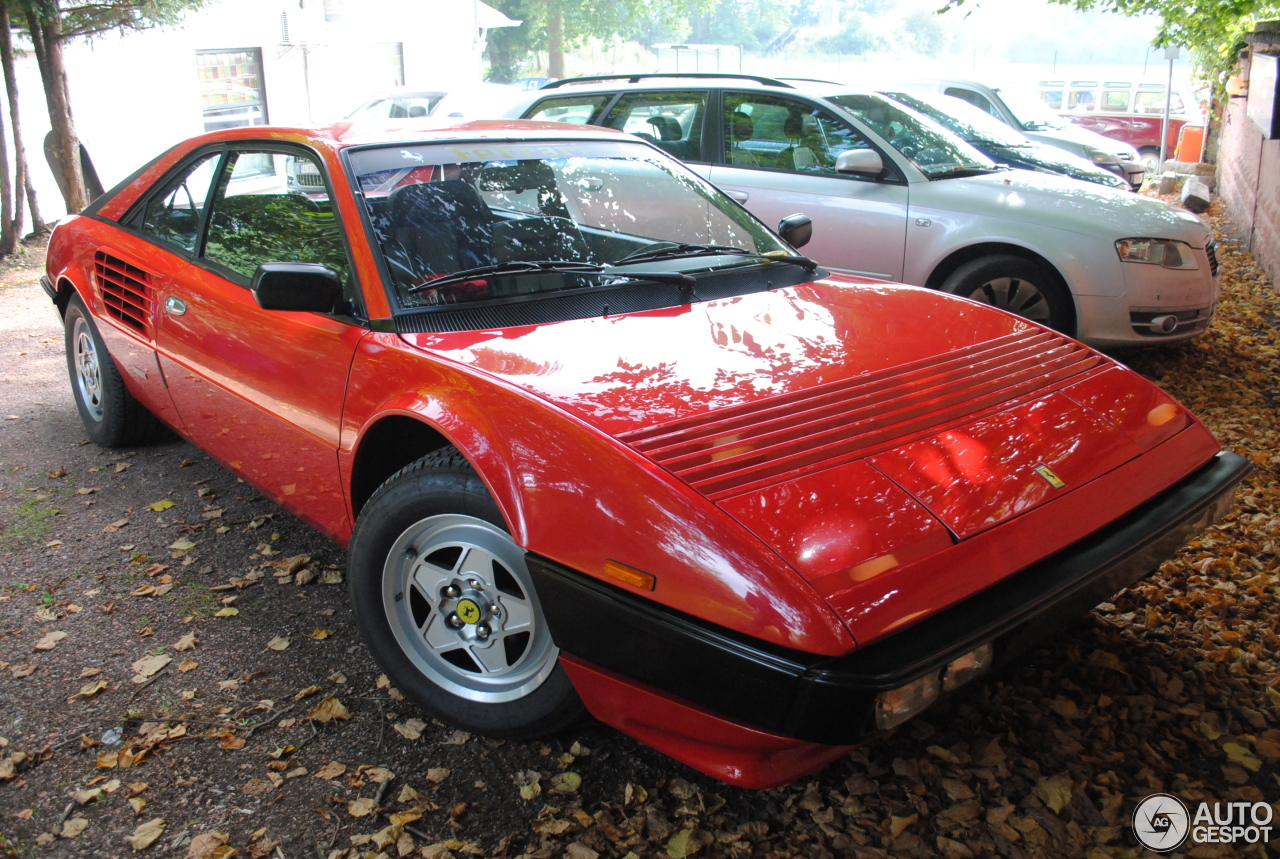 ferrari mondial quattrovalvole sound ferrari mondial quattrovalvole walkaround and sound 2014. Black Bedroom Furniture Sets. Home Design Ideas