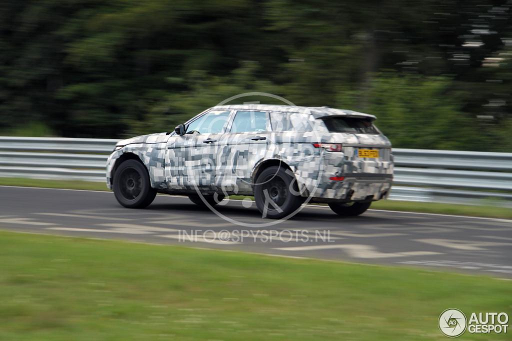2015 - [Jaguar] F-Pace - Page 5 Jaguar-c-x17-c571509092014112602_3