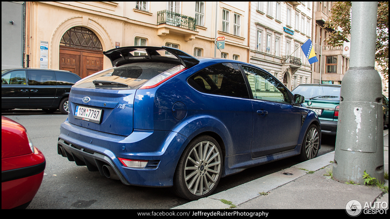 ford focus rs 2009 13 september 2014 autogespot. Black Bedroom Furniture Sets. Home Design Ideas