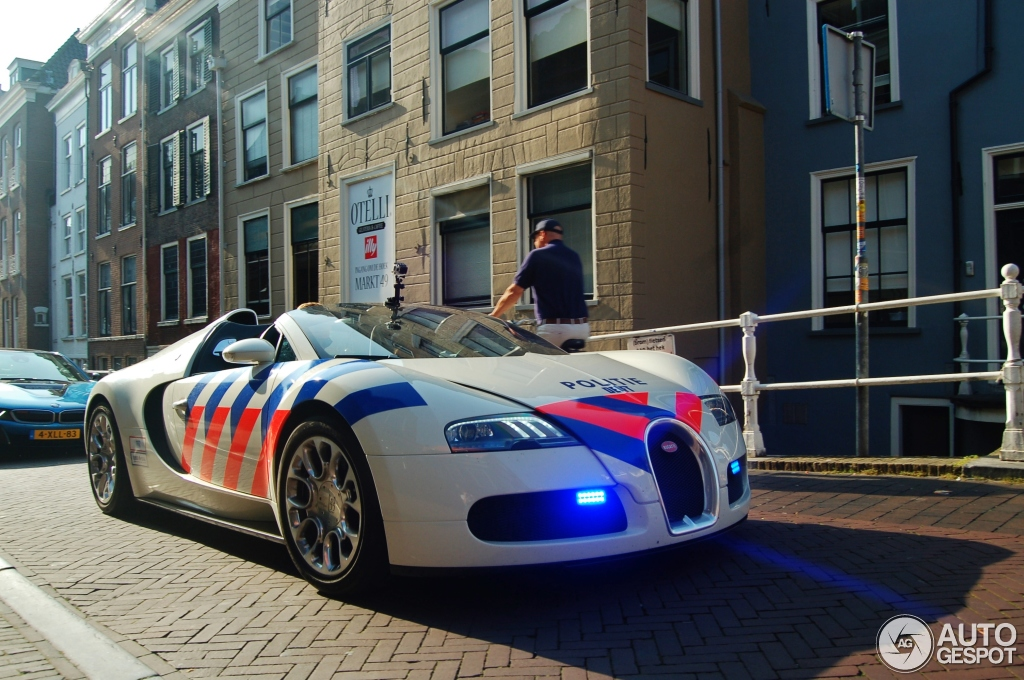 bugatti veyron 16 4 grand sport 17 september 2014 autogespot. Black Bedroom Furniture Sets. Home Design Ideas