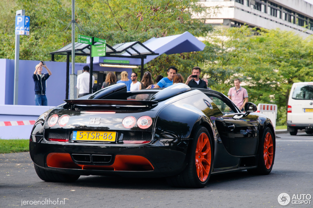 bugatti veyron 16 4 grand sport vitesse world record car edition 17 september 2014 autogespot. Black Bedroom Furniture Sets. Home Design Ideas