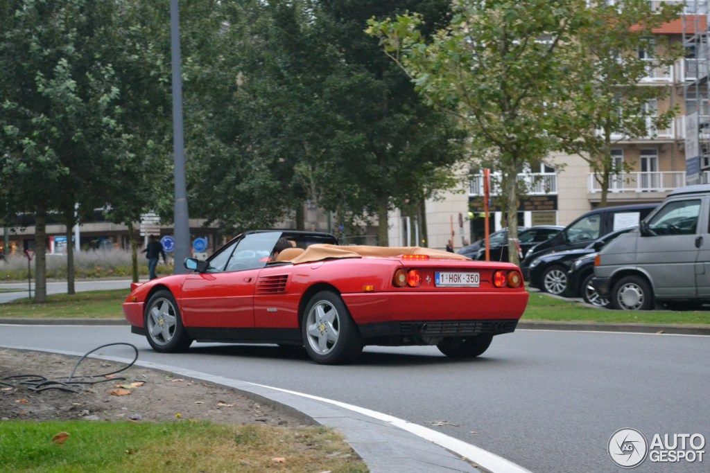 ferrari mondial t cabriolet 23 september 2014 autogespot. Black Bedroom Furniture Sets. Home Design Ideas
