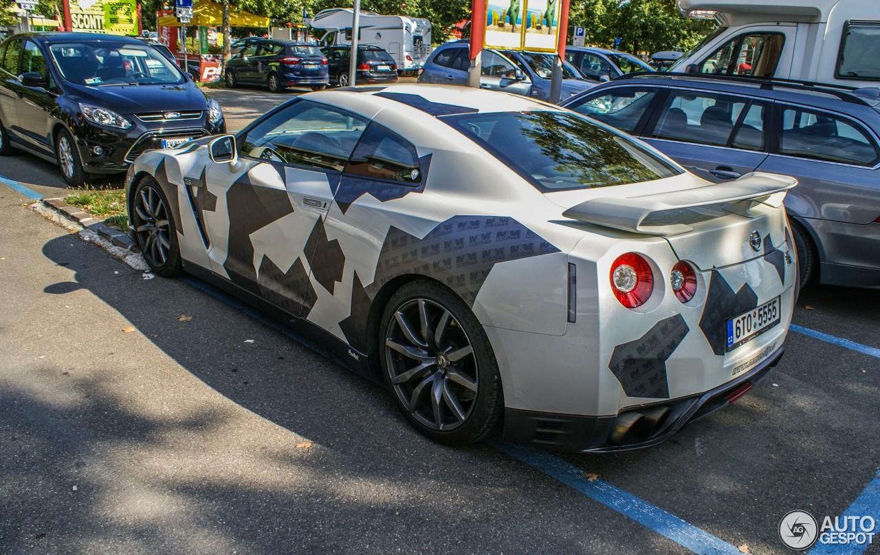 Nissan GT-R 2012 2