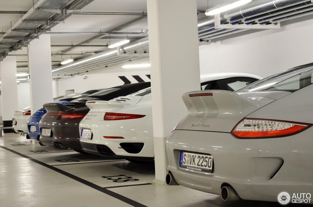 Porsche 911 Sport Classic 1