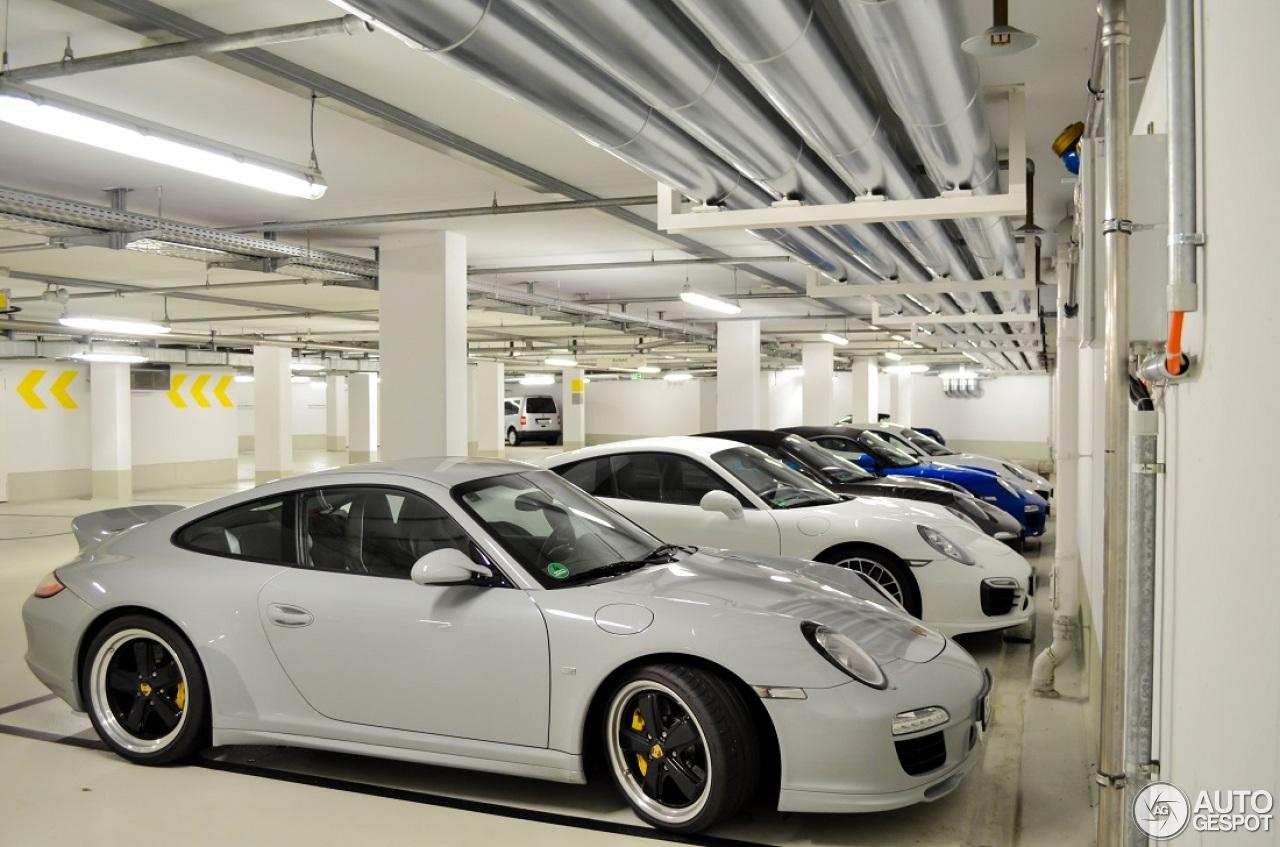 Porsche 911 Sport Classic 7