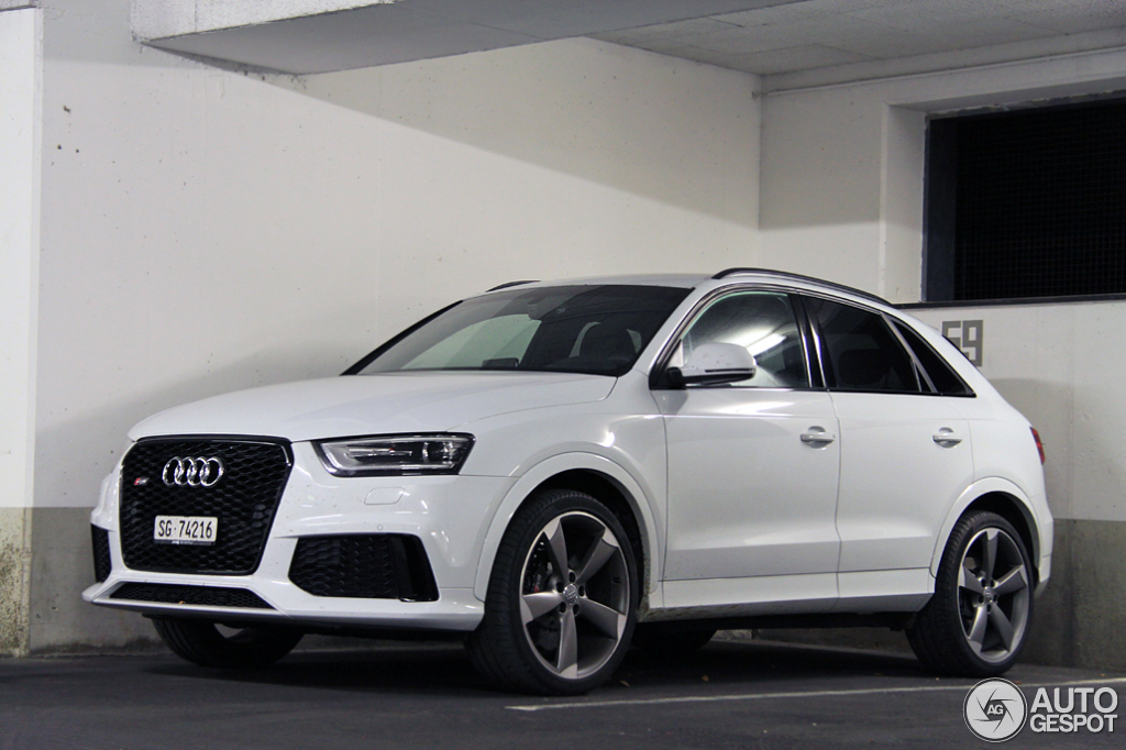 audi rs q3 4 october 2014 autogespot. Black Bedroom Furniture Sets. Home Design Ideas