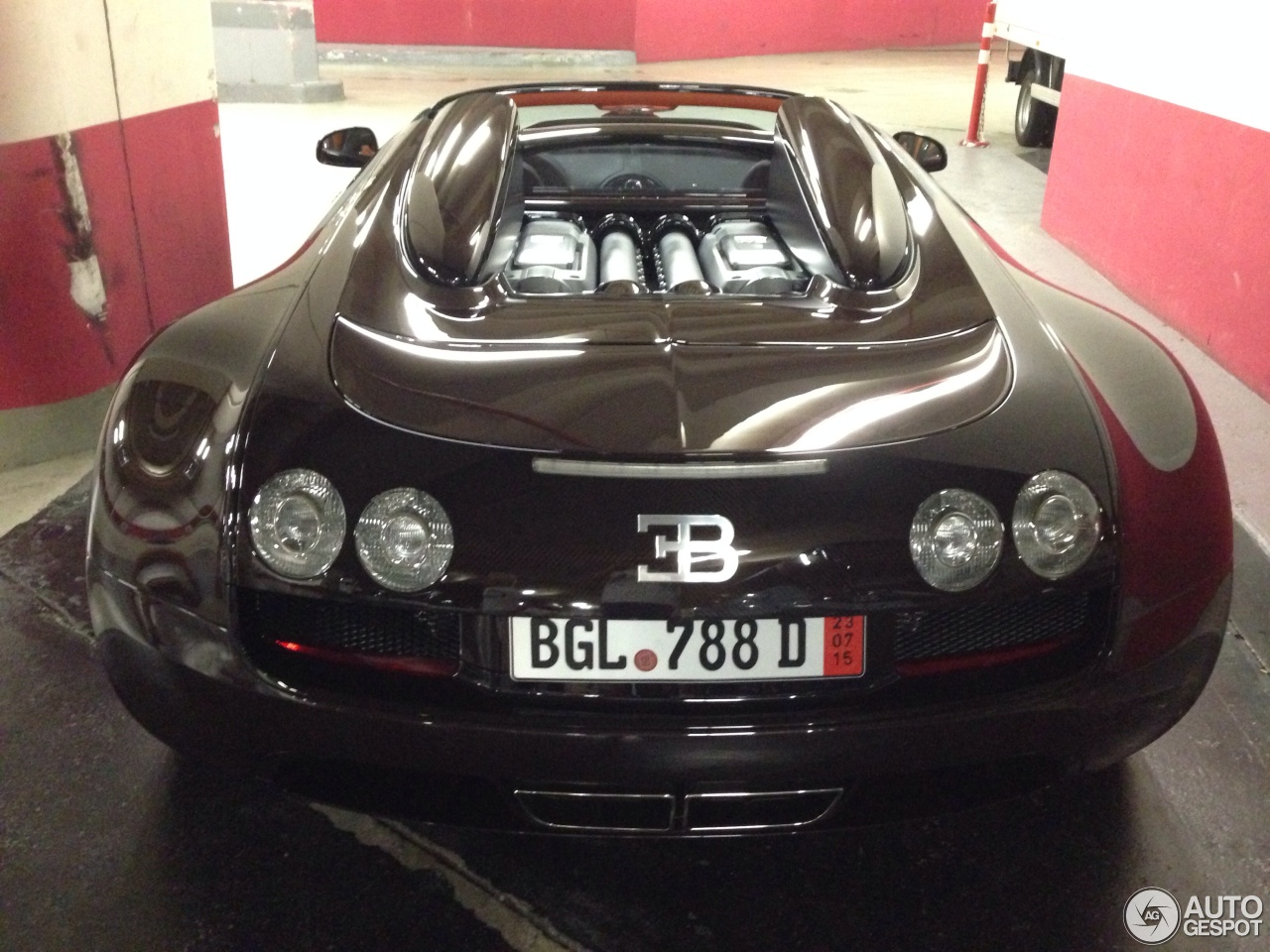 bugatti veyron 16 4 grand sport vitesse 7 october 2014. Black Bedroom Furniture Sets. Home Design Ideas