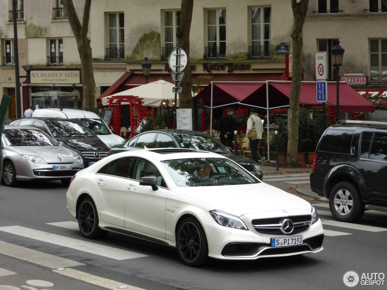 mercedes benz cls 63 amg s c218 2015 11 oktober 2014. Black Bedroom Furniture Sets. Home Design Ideas