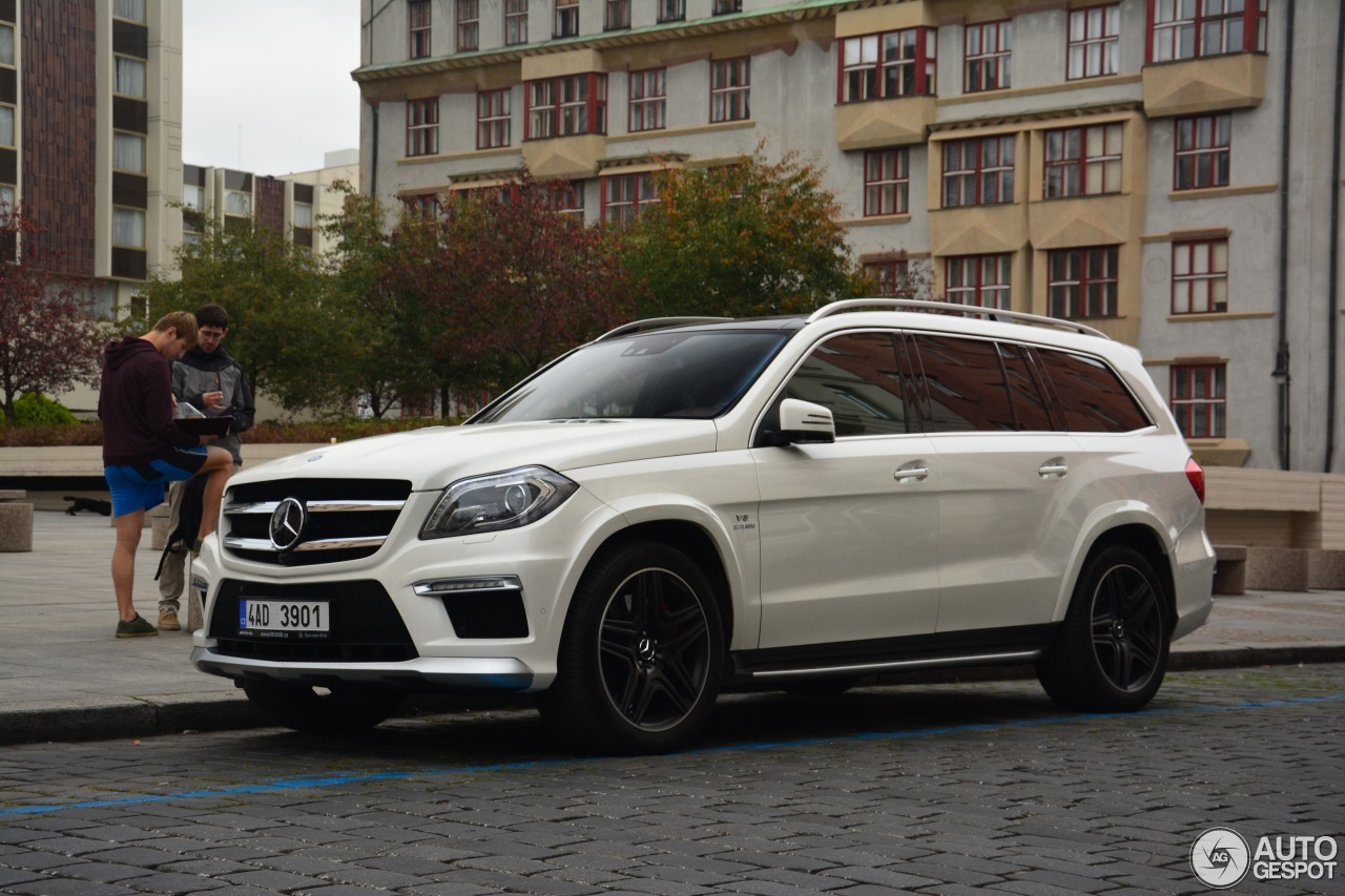 Mercedes benz gl 63 amg x166 14 october 2014 autogespot for 2014 mercedes benz gl