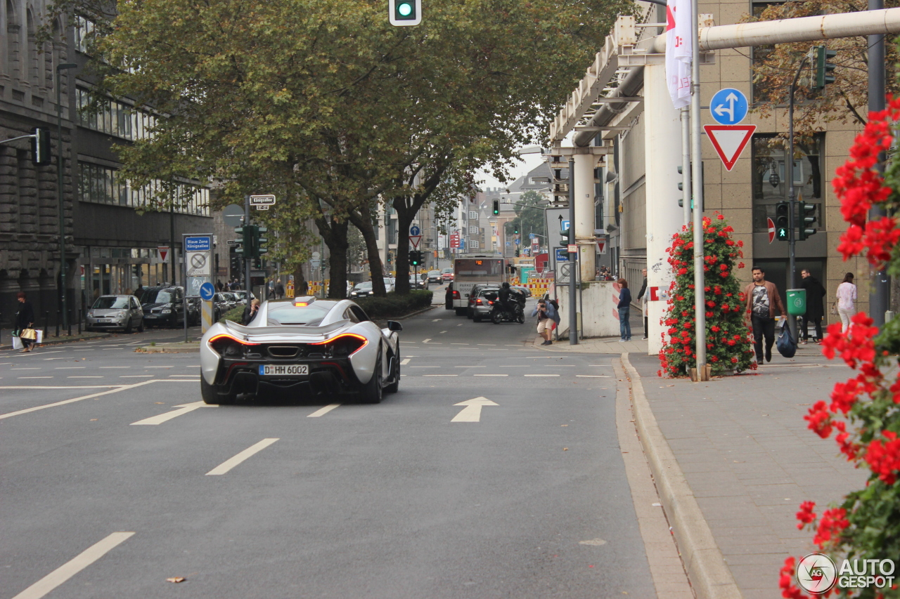 McLaren P1 8