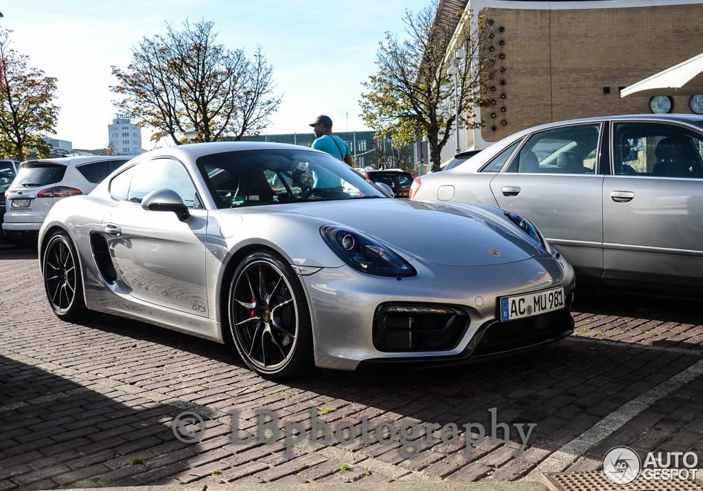 Porsche Paint Code U