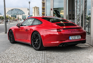 Porsche 991 Carrera GTS