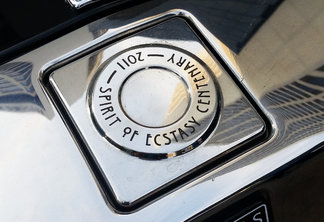 Rolls-Royce Phantom Spirit of Ecstasy Centenary Edition
