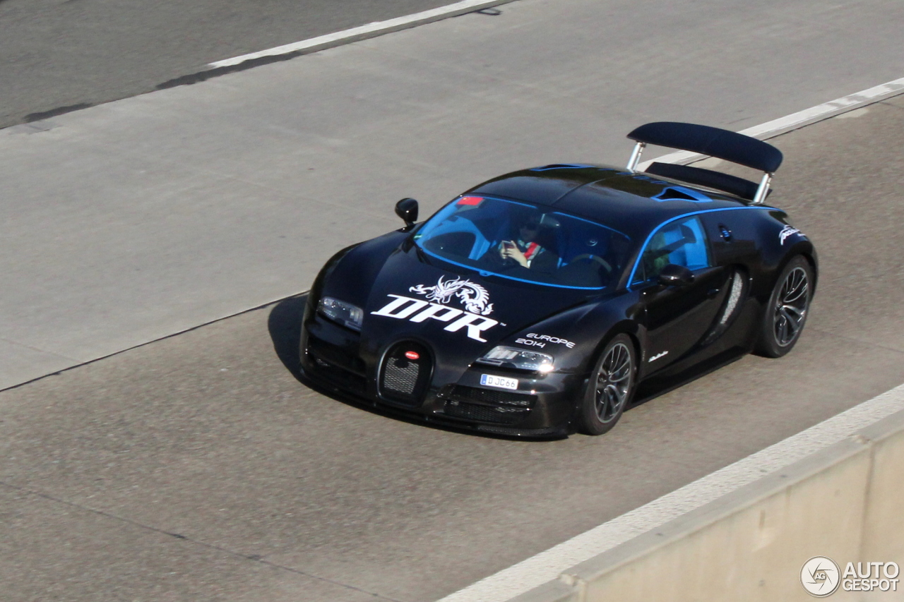 bugatti veyron 16 4 super sport edition merveilleux 26 october 2014 autogespot. Black Bedroom Furniture Sets. Home Design Ideas