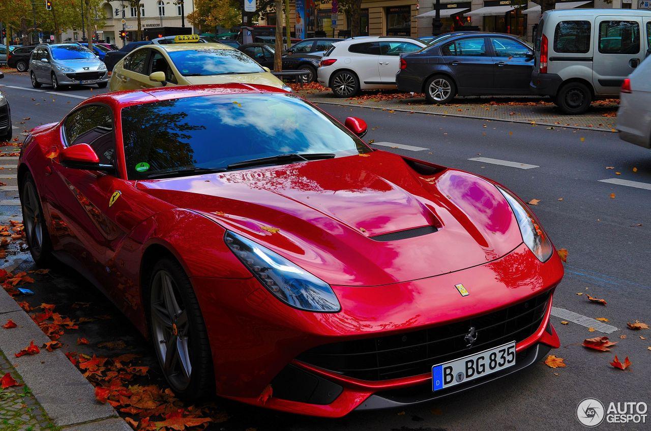 Ferrari F12berlinetta 4