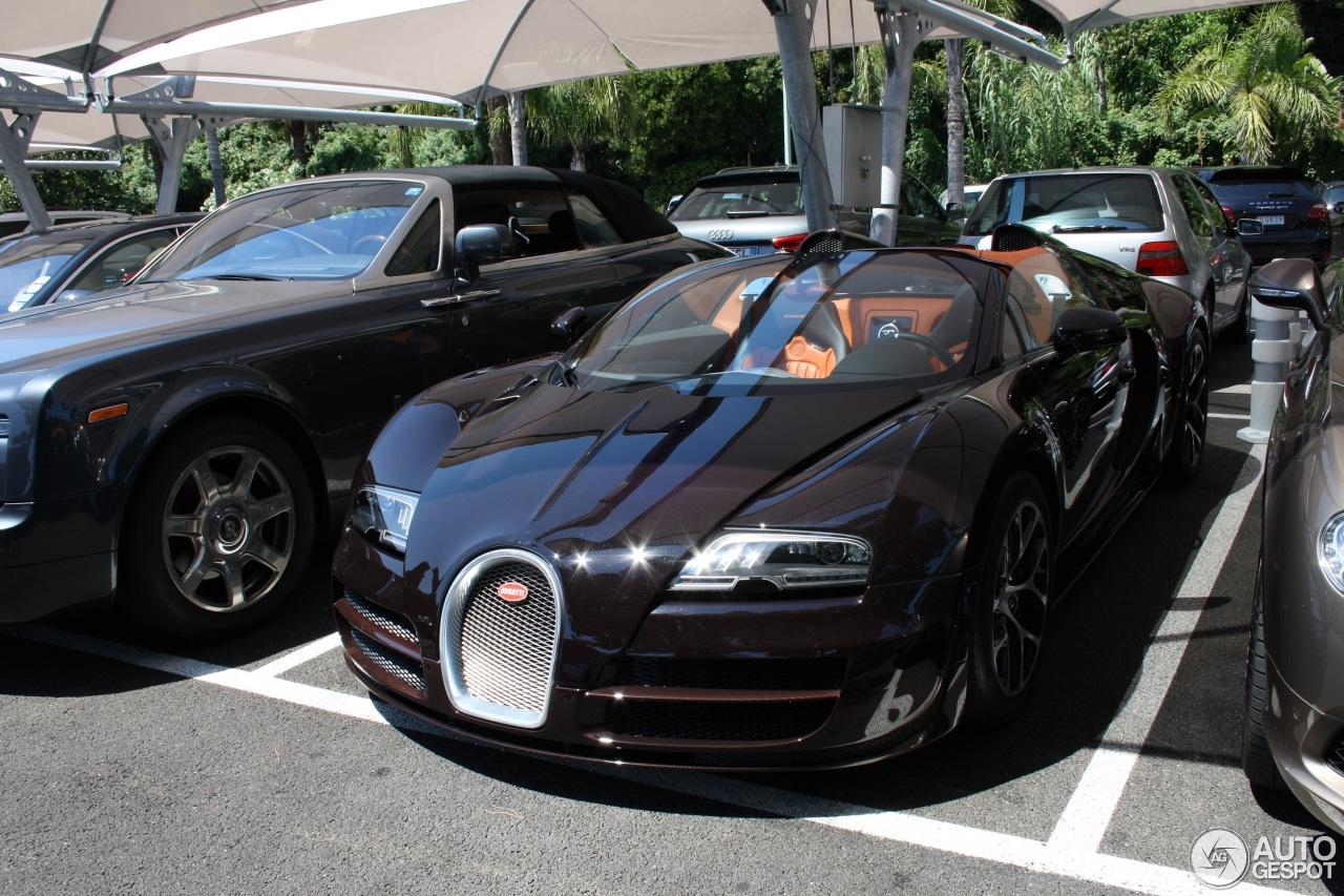 bugatti veyron 16 4 grand sport vitesse 1 november 2014. Black Bedroom Furniture Sets. Home Design Ideas