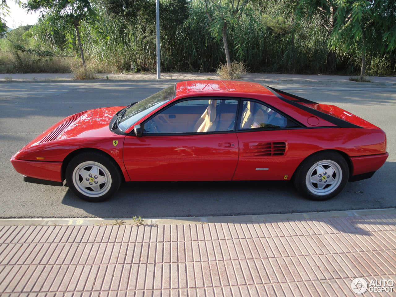 ferrari mondial t 2 november 2014 autogespot. Black Bedroom Furniture Sets. Home Design Ideas