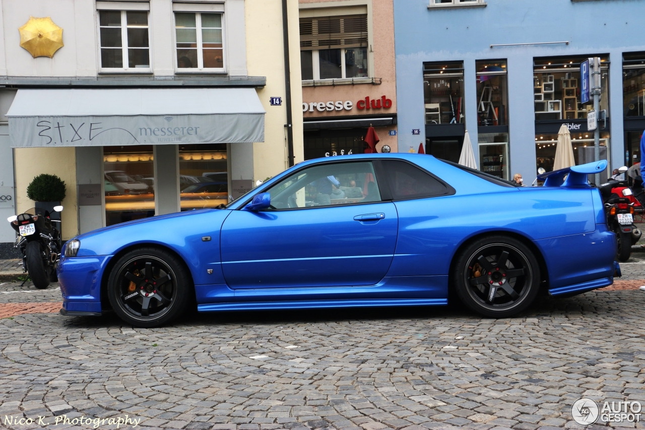 nissan skyline r34 gt r v spec ii 5 november 2014 autogespot. Black Bedroom Furniture Sets. Home Design Ideas