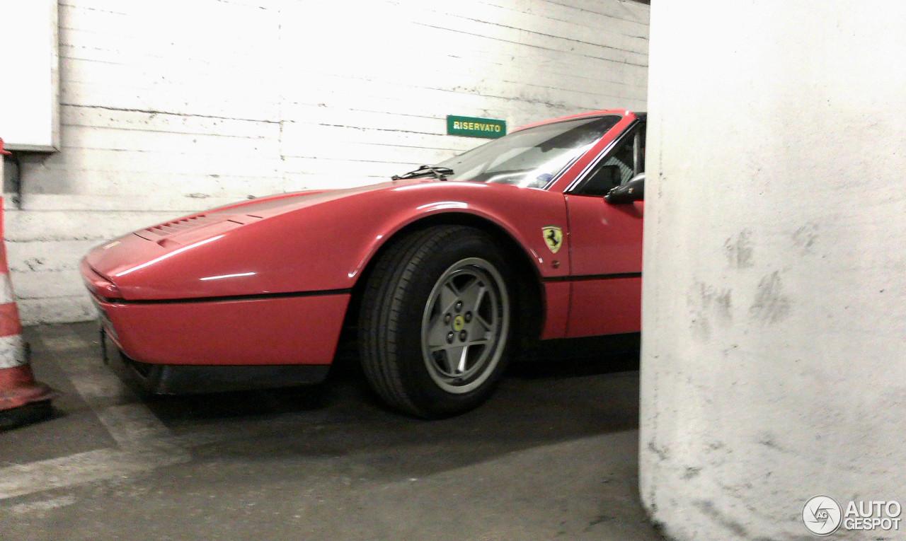 Ferrari GTS Turbo 5