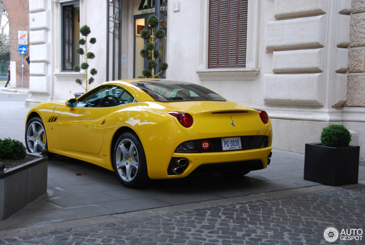 Ferrari California 4
