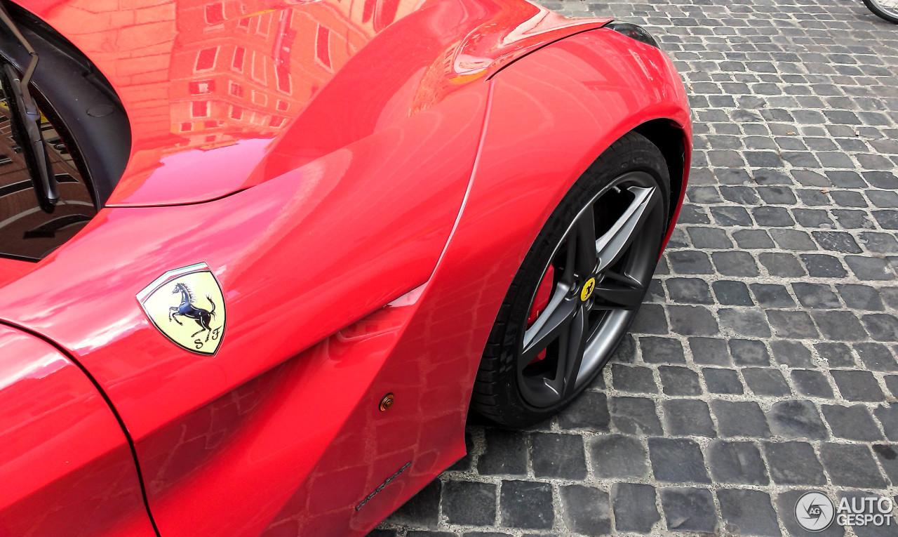 Ferrari F12berlinetta 9