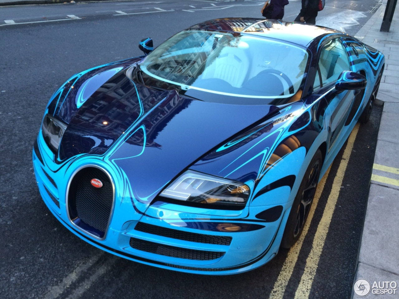 bugatti veyron 16 4 super sport le saphir bleu 12 november 2014 autogespot. Black Bedroom Furniture Sets. Home Design Ideas