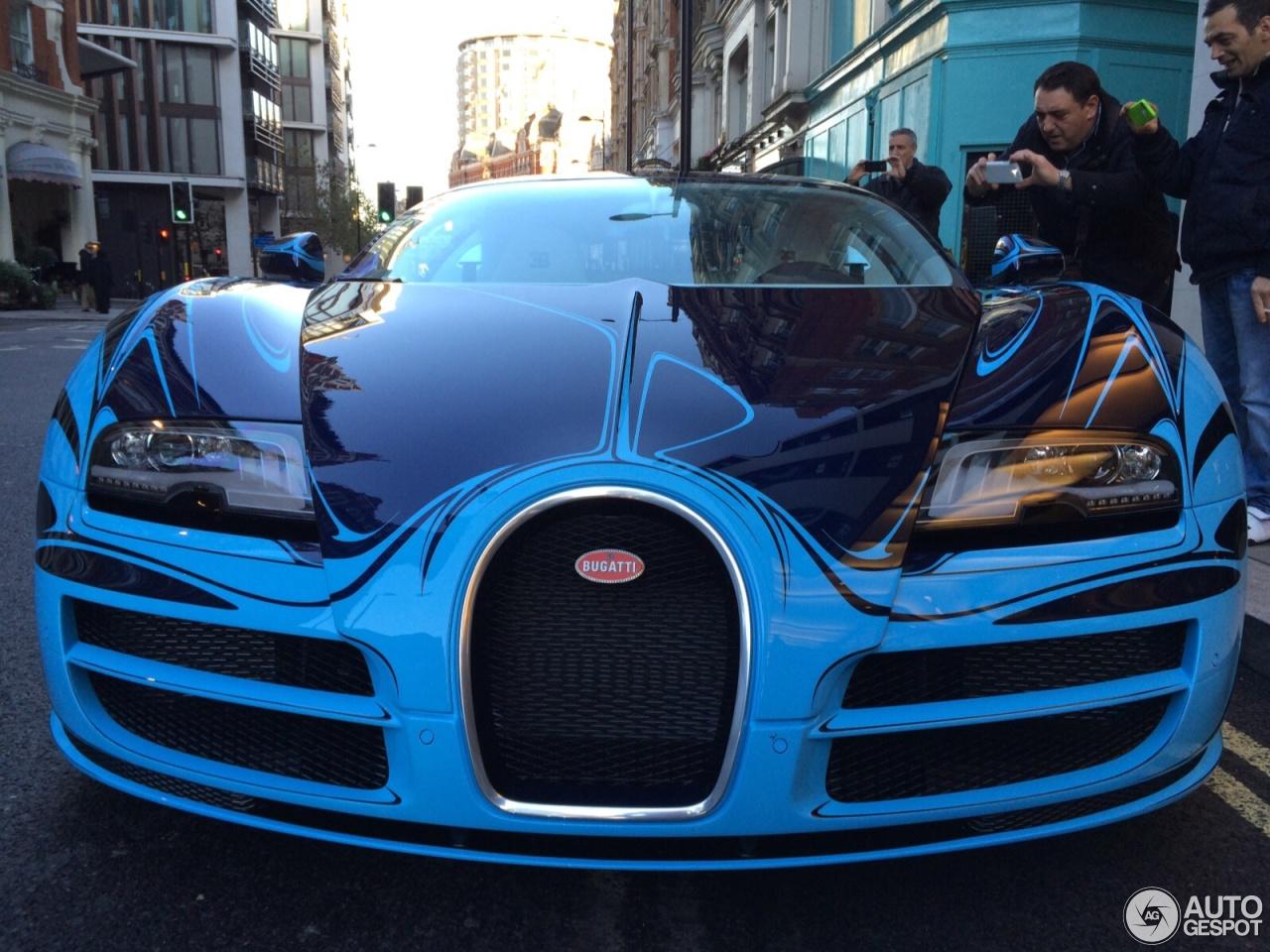 Bugatti veyron super sport blue
