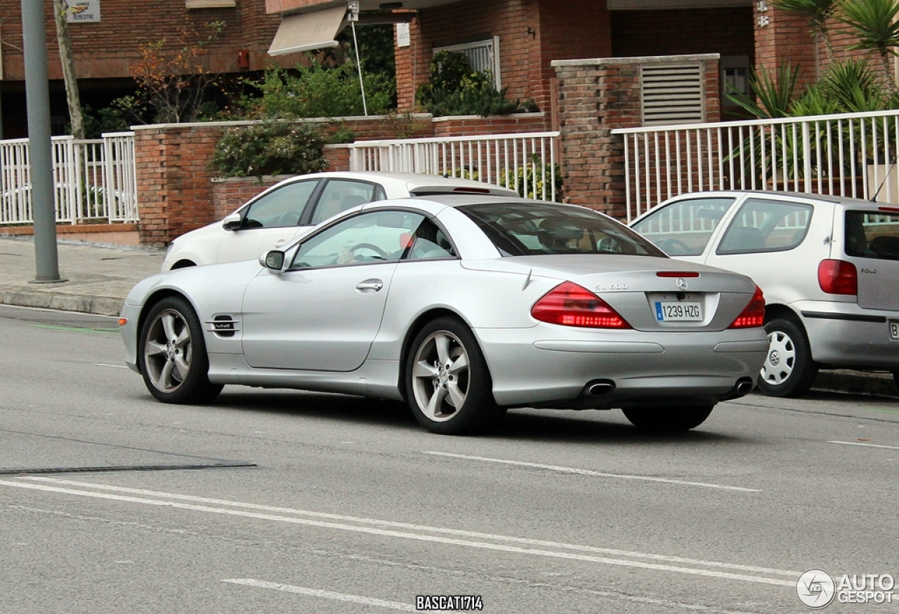 mercedes benz sl 600 r230 14 november 2014 autogespot. Black Bedroom Furniture Sets. Home Design Ideas