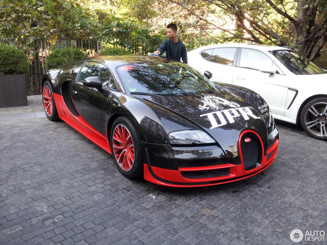 bugatti veyron 16 4 super sport 15 november 2014 autogespot. Black Bedroom Furniture Sets. Home Design Ideas