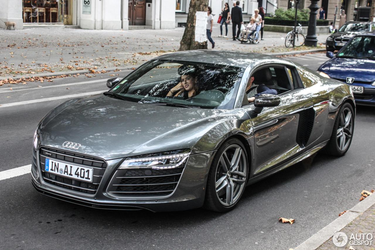 Audi r8 v10 matte black price 17