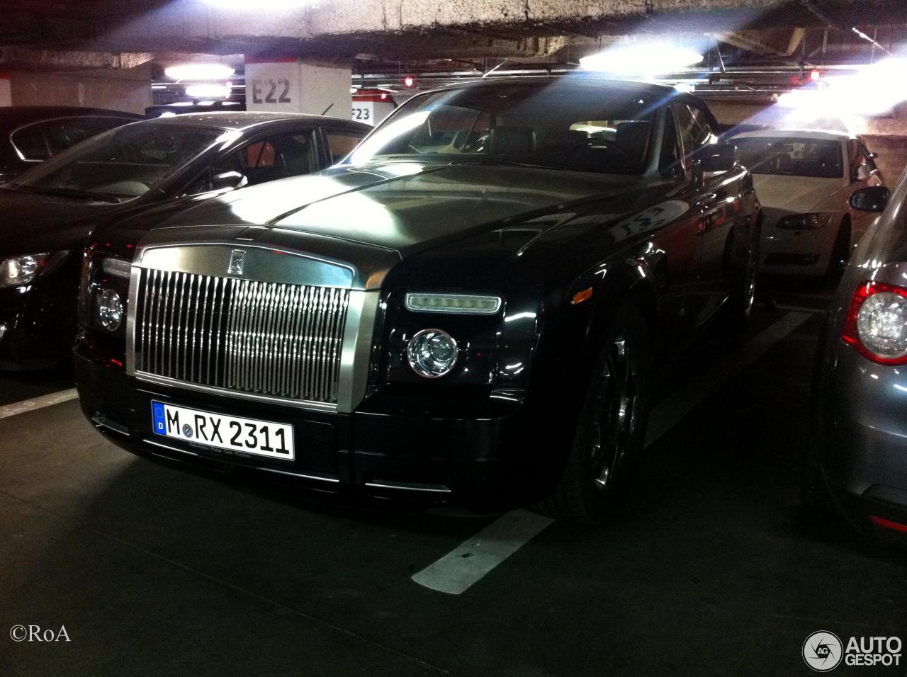 Rolls-Royce Phantom Drophead Coupé 4