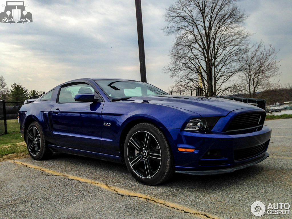Ford Mustang Gt California Special 2013 27 November 2014