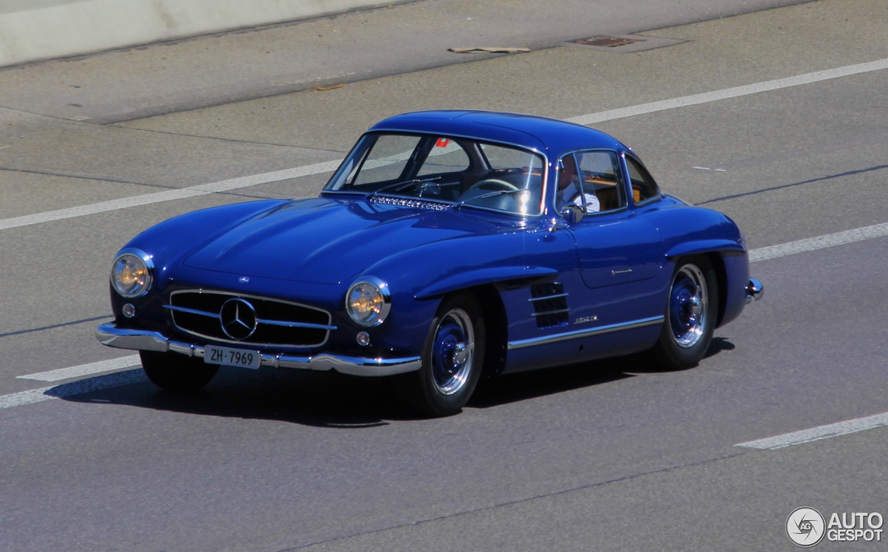 mercedes benz 300sl gullwing 27 november 2014 autogespot. Black Bedroom Furniture Sets. Home Design Ideas