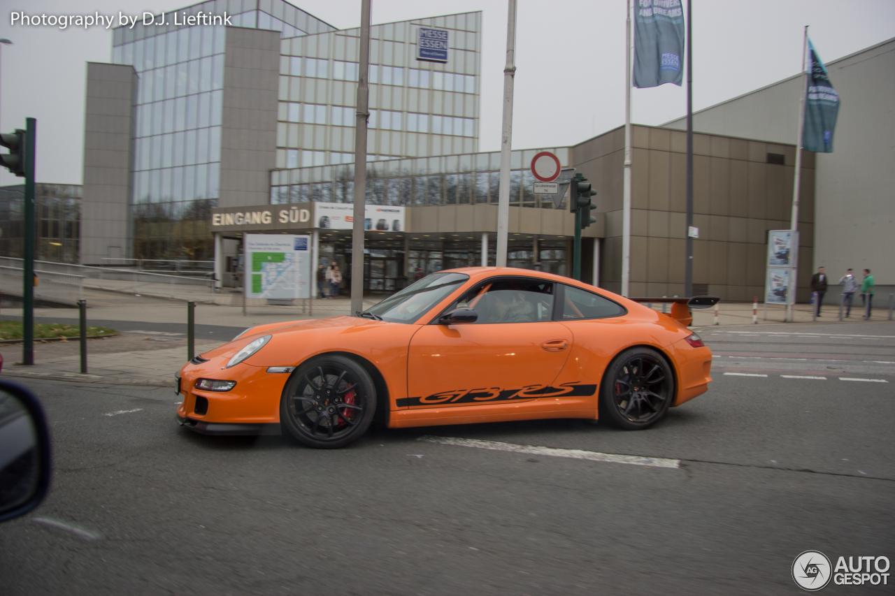 Porsche 997 GT3 RS MkI 1