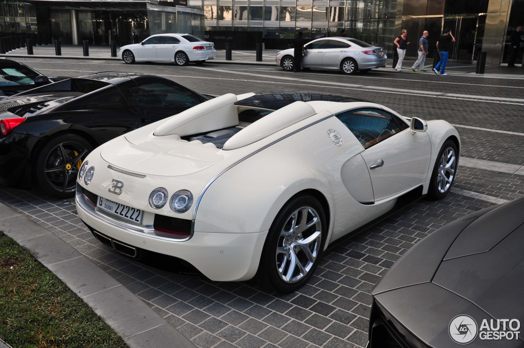 bugatti veyron 16 4 grand sport vitesse 8 december 2014 autogespot. Black Bedroom Furniture Sets. Home Design Ideas