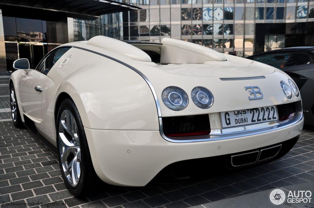 bugatti veyron 16 4 grand sport vitesse 8 diciembre 2014 autogespot. Black Bedroom Furniture Sets. Home Design Ideas