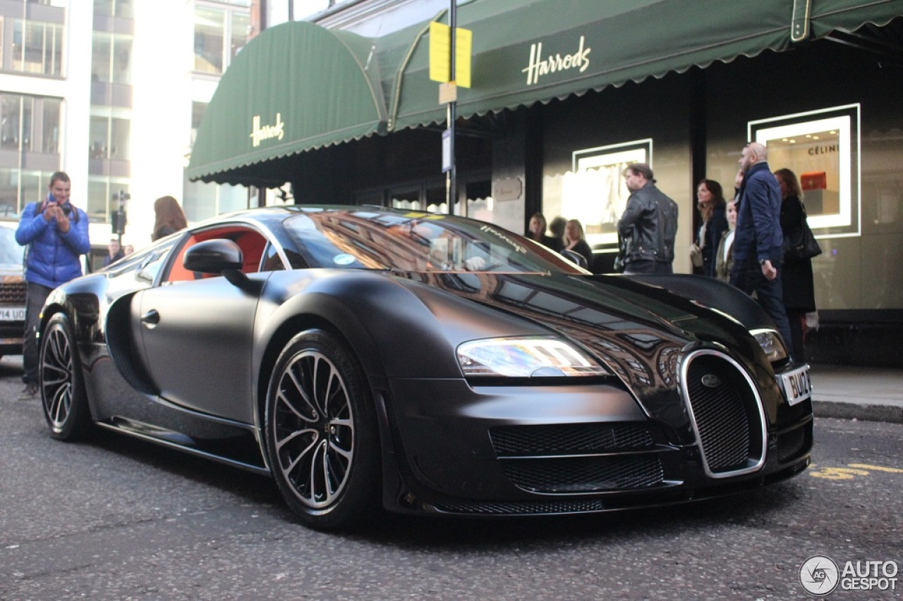 bugatti veyron 16 4 super sport sang noir 8 december 2014 autogespot. Black Bedroom Furniture Sets. Home Design Ideas