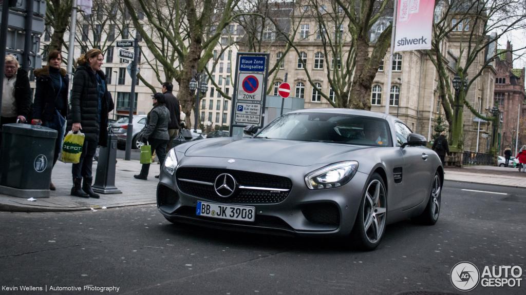 Mercedes-AMG GT 8