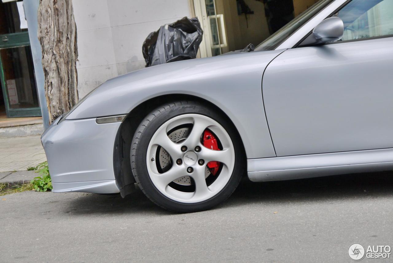 Porsche 996 Turbo 8
