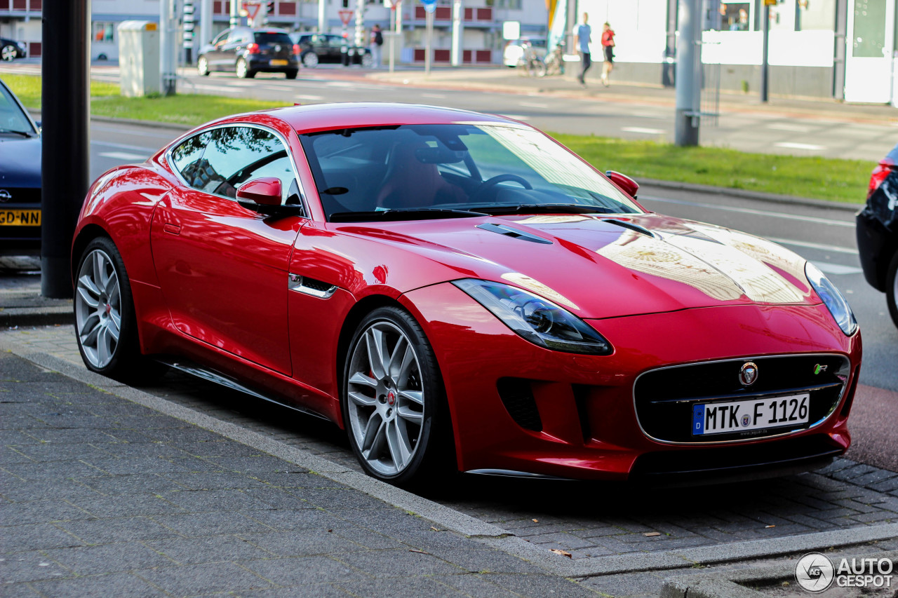 jaguar f type r coup 17 december 2014 autogespot. Black Bedroom Furniture Sets. Home Design Ideas