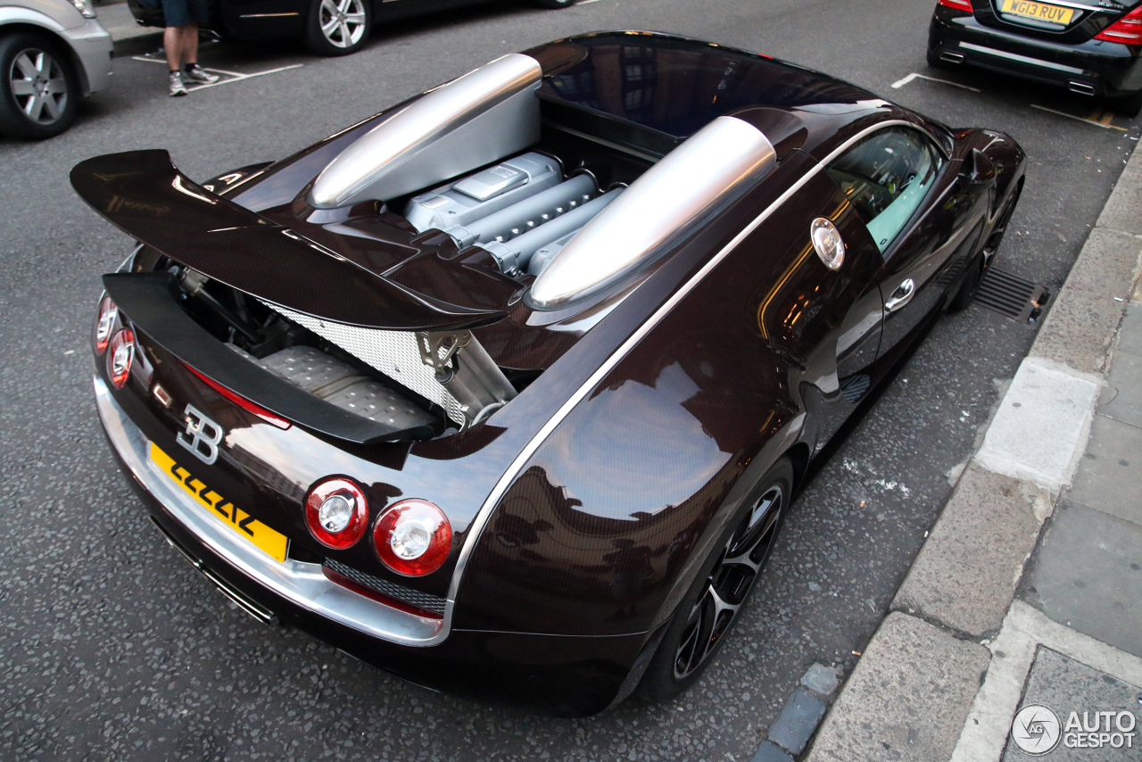 bugatti veyron 16 4 grand sport vitesse 20 december 2014 autogespot. Black Bedroom Furniture Sets. Home Design Ideas